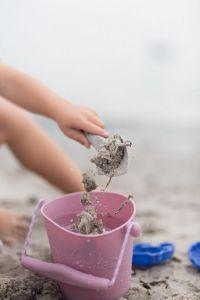 Składane wiaderko do wody i piasku /CIEMNO ZIELONY / SCRUNCH  BUCKET /FUNKIT WORLD
